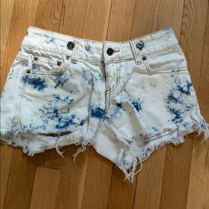 Distressed denim shorts size 24